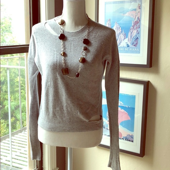 Design 365 Sweaters - Design 365 light grey sweater with cut outs